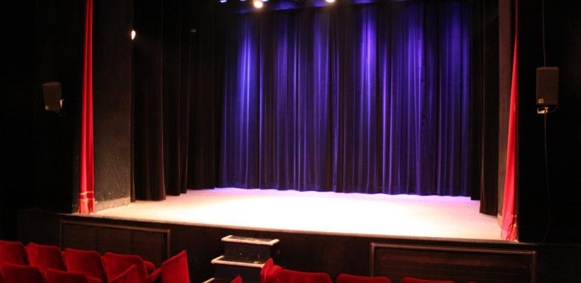 Otheatro-theatre-en-illimité-spectacle-live-liberté-one-man-show-danse-humour-comédie-paris-site-web-paris-scène